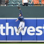 Kevin Kiermaiers got hops! Awesome photo of his incredible catch to rob Manny Machado of a leadoff home run. http://t.co/DpZsbfMa5E