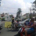 13.02 Pembangunan kawasan titik nol KM, petugas lakukan uji coba penutupan Jl Trikora http://t.co/BQYzY24OgY via @polresjogja