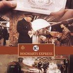 Não se esqueça, o expresso de Hogwarts deixa a plataforma 9 ¾ às 11:00 horas, então não se atrase. #BackToHogwarts http://t.co/953f8cF4Ib