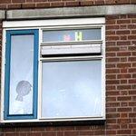 UPDATE: man en vrouw aangehouden na steekpartij. Relationele ruzie was aanleiding http://t.co/ER6bj5x8t3 #alphen http://t.co/rX0gMSrb2g