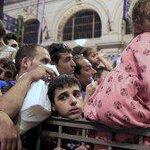 Budapest hebt Kontrollen auf: #Fluechtlinge erreichen Bayern http://t.co/K4wSbHeW6Z via @SPIEGELONLINE #Ungarn http://t.co/hBIQhcrtPF