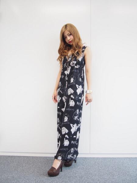 注目おしゃれガール「lol」のhibikiが語るデビュー秘話とファッションへのこだわり , scoopnest.com