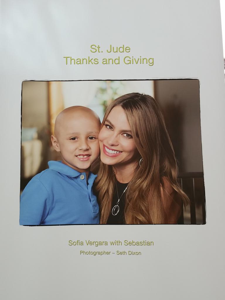 @SofiaVergara es una de las embajadoras por una buena causa en el @StJude #StJudeBlogTour http://t.co/BCDebLh4aV