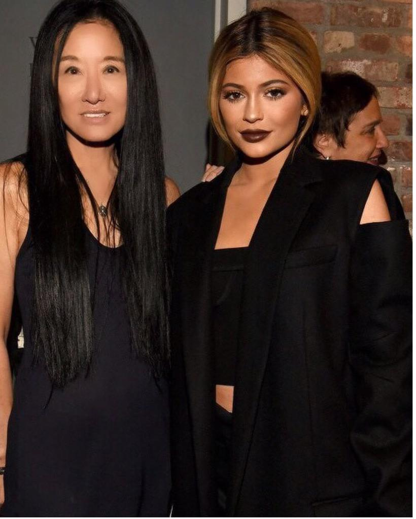 @KylieJenner backstage at #VeraWang Spring 2016 Collection wearing #VeraWang FW15 Collection. #NYFW http://t.co/lntby5LVjn