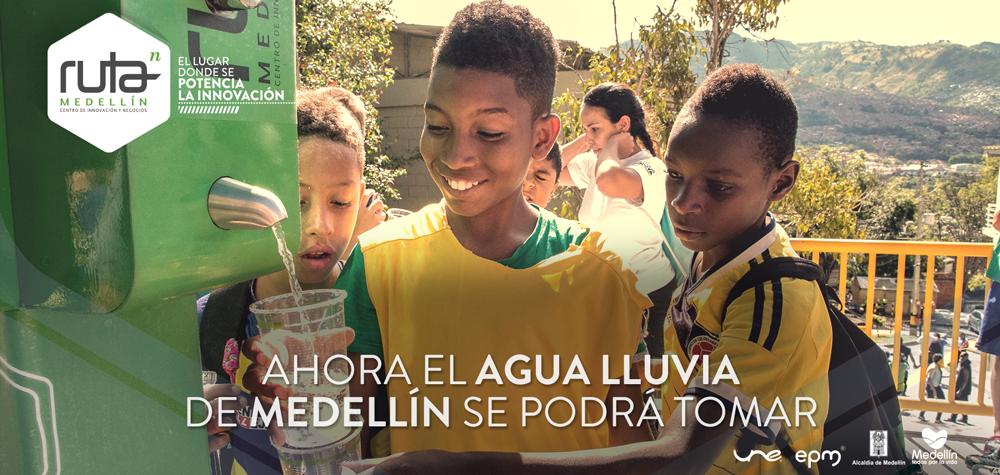 """""""La Flor de la Vida"""" convierte agua lluvia en agua potable para la comunidad #ComunaInnova. http://t.co/cSAd1gm1KU. http://t.co/EX3lJqQgKI"""