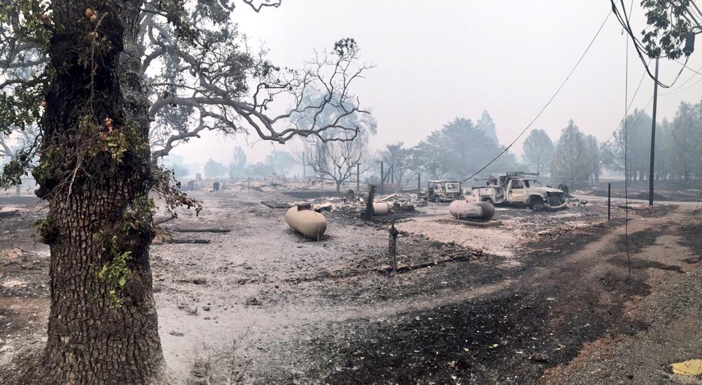 Our Hearts Go Out to All Those Affected by these Devastating Calif #wildfires #valleyfire #buttefire http://t.co/eiB2EhX3R6