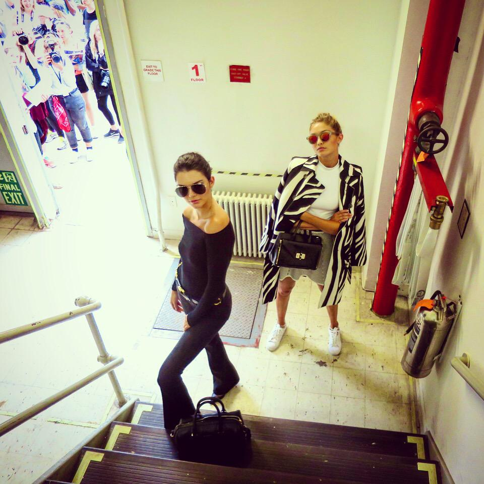 Stairs. Stares. #NYFW @KendallJenner @GiGiHadid http://t.co/foRpeEXSU1