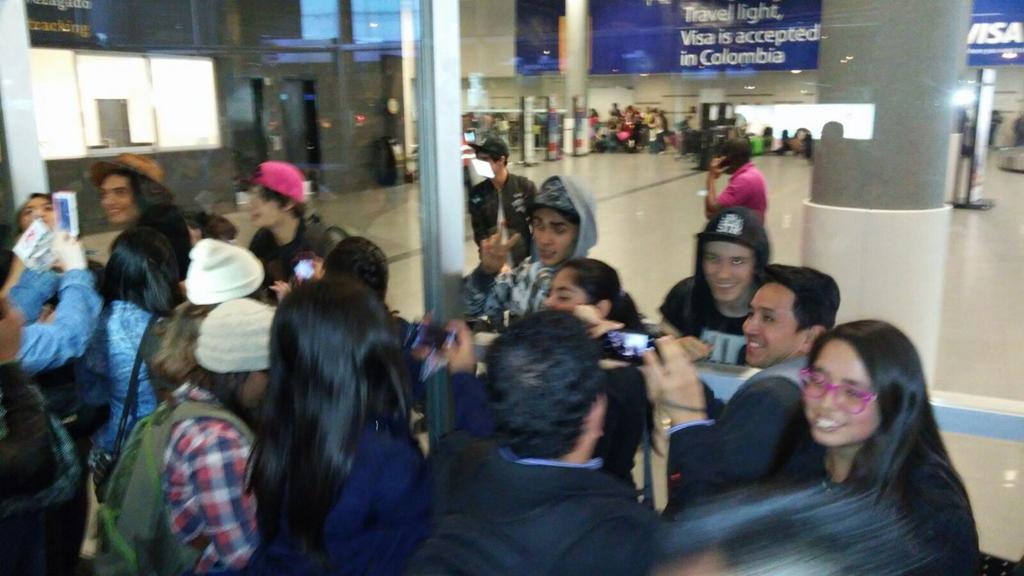¡Los chicos de @somosCD9 ya están en Colombia! #CD9EnColombia