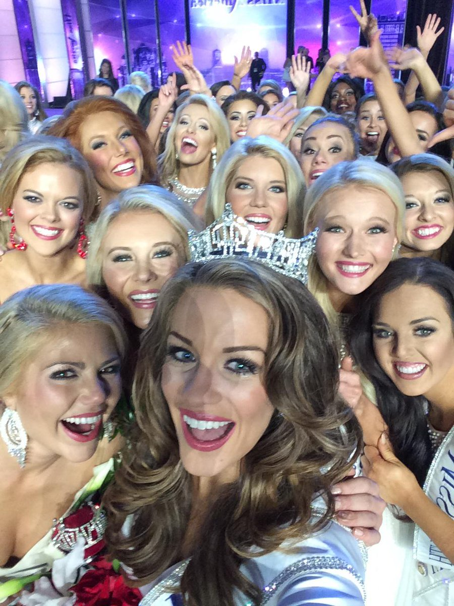 So HONORED to be your #MissAmerica 2016! A night I will never forget! http://t.co/YpK87feBIU