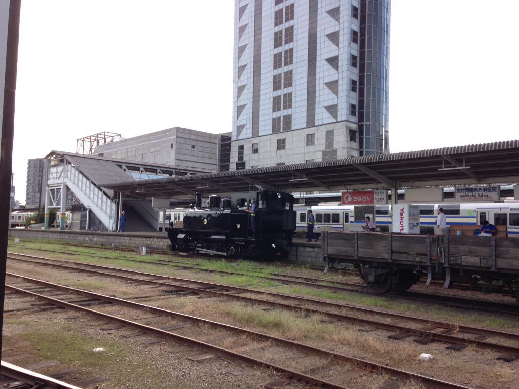 小湊鉄道新型SL型DL五井駅内で構内試運転中 http://t.co/eIFEja0TuD