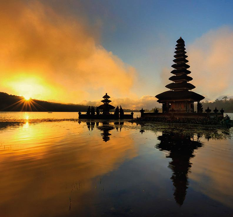 In need of a beach holiday this Winter? Escape to Bali from just £555 with Singapore Airlines: