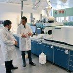 Хүнсэн дахь хортой, хүний биед аюултай зүйлс илрүүлдэг лаборатори үзлээ. Монголдоо нэгийг байгуулах зорилго тавьлаа. http://t.co/HhgDxfowsM