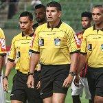 Após polêmicas, CBF afasta auxiliares das partidas de Atlético e Corinthians: http://t.co/kqawJSZQmK http://t.co/XMsZv2wsvK
