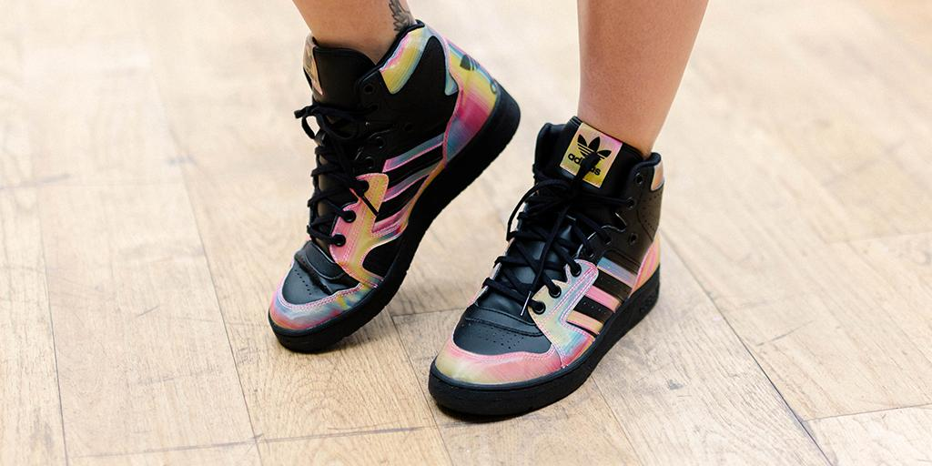 I showed you mine now show me yours ???????????????????? @adidasoriginals X RITAORA http://t.co/YQGvY9yQCY