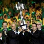 CBF aceita sugestão do Corinthians e árbitros poderão levantar a taça no lugar do capitão https://t.co/SpTbyaOGgX http://t.co/UNw6WilVho