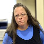 Kentucky clerk wont accept gay marriage deal that would have kept her out of jail http://t.co/fVBAL89NSf http://t.co/ldWTJG7akG