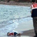 El debate de los medios frente a la imagen de Aylan Kurdi, el chico sirio muerto en Turquía http://t.co/ZqFMVgRXhS http://t.co/I4Cqk9MRZK