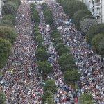 Vigo. 200.000 persoas pola sanidade pública. Lugo. 2.000 tractores polo sector gandeiro. #GalizaEmLoita <3 http://t.co/ns3zpu3SdK