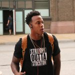 Check out photos of the #Rams arriving at the Edward Jones Dome. #KCvsSTL PHOTOS: http://t.co/nv7oikkBWg http://t.co/HSoii16Icg