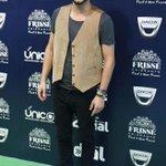 RT si @manuelcarrasco_ fue el cantante que mejor vistió para la alfombra verde de la gala musical #CadenaDial25Años http://t.co/mDyNJrkGhj