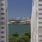 Preço de imóveis no Brasil tem, em agosto, primeira queda nominal desde 2008. http://t.co/cZ4Mo6lyxc http://t.co/dY7T36G8o6
