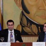 Vicepresidente Arreaza a diplomáticos sobre la frontera: fosas comunes, paramilitares y... http://t.co/UxqpqhIjsT http://t.co/AtE1fAVF26 +
