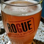 #NowDrinking @driftwoodbeer #FatTugIPA @roguewetbar #Waterfront...#Tagay #BCCraft #TugLife #Vancouver http://t.co/43krA7WpB5
