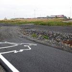 Når sykkelveier på #Island plutselig tar slutt... noe for Oslo? (via @jeromevadon ) @delveien http://t.co/p1wSmxkQBq