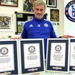 Chelsea manager Jose Mourinho enters Guinness World Records book after setting four new records #SpecialOne http://t.co/vMH8Gnymuq