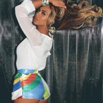 Happy Birthday to the best rolemodel in the world @Beyonce   9.4.81 - BDAY 🎉 *beyonce voice*  Love you ❤️ http://t.co/0NfiIAZ14v