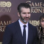 #GameofThrones showrunner's wife jokes that Jon Snow's death almost ended their marriage http://t.co/GU3Zfq6jjQ http://t.co/b0gKswr8Ox