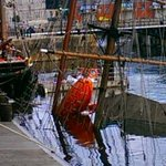 Were at the scene of bid to recover sunken tall ship Zebu from Albert Dock: updates here http://t.co/Wr6WjtyKxT http://t.co/Y9byfr32xV