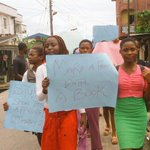 """""""Yes to Literacy"""" says students in the #SummerProject school in Abonnema campaigning. #ILD2015 @PHMicroscope @TouchPH http://t.co/qGaGZYatFx"""