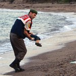 Pictures of the drowned Syrian boy ignites debate over the power of the photograph http://t.co/1a3sgTBvBY http://t.co/McuBLXUjeC