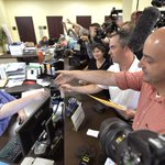 With clerk jailed, gay Kentucky couple gets marriage license http://t.co/qi75pQvIQJ http://t.co/cJTG7vTMGF