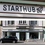 Live aus der #Sanderstraße: Das @starthub_wue-#Logo hängt! #würzburg #startupcity #startup #coworking http://t.co/8aM1VCeJrn