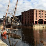 Liverpools historic tall ship Zebu sinks in Albert Dock http://t.co/lZV8TPhTsM http://t.co/QFVHOOJvHE