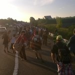 As dusk sets in, hundreds of refugees have decided to walk from #Hungary to #Austria. #Europe http://t.co/24zypUDsNm