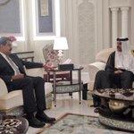 Presidente .@NicolasMaduro y el Emir de Qatar, Bin Hamad Al Thani, reunidos este viernes en Doha #MaduroExitoRotundo http://t.co/5y4IOlgIXn