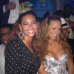 Happy Bday to you beautiful @beyonce! Heres to another great year😘🎤🎶❤️😃 http://t.co/HIgLZd1zxB