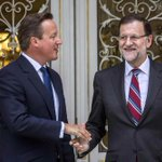 """Cameron también avisa a Artur Mas: """"Cataluña tendría que hacer cola para volver a la UE"""" http://t.co/Lo89MwwSpz http://t.co/F2c2WjdrjC"""