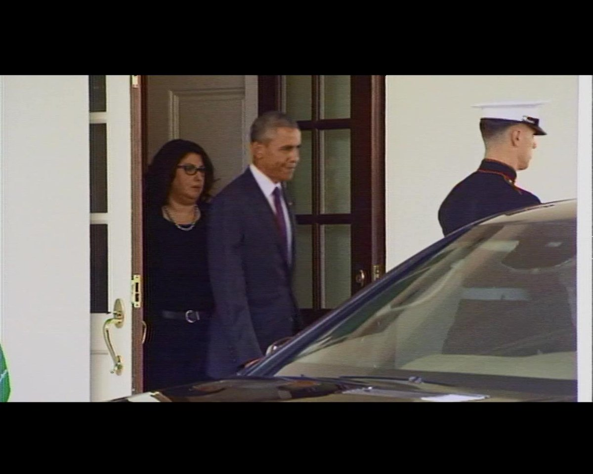 Very Unusual. Pres Obama appears at West Wing Portico to welcome Saudi King Salman to the WH. http://t.co/9IZpuURsLH