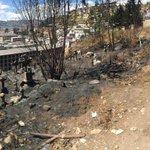 Así quedó la parte superior del cementerio de El Tejar tras el incendio de la tarde de ayer @lahoraecuador #Quito http://t.co/KwV6Hko4AJ