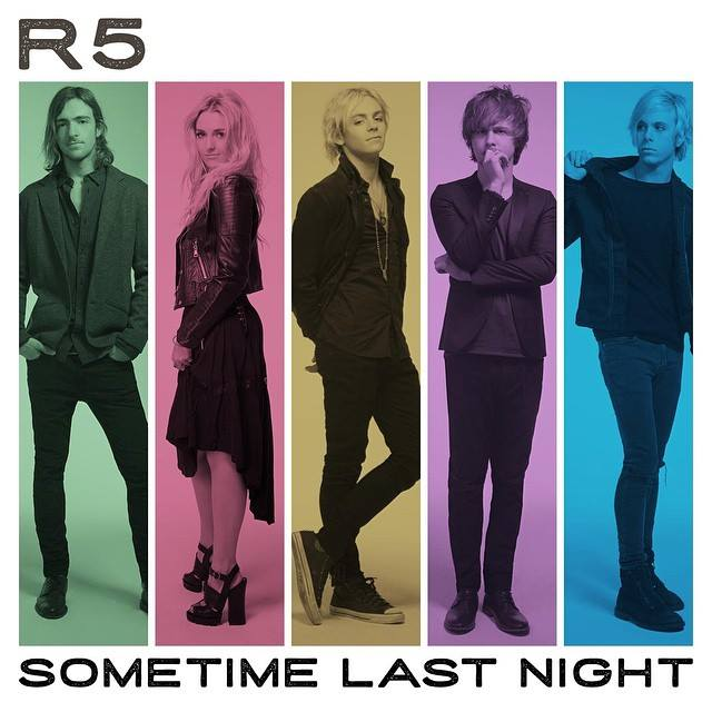 L'album d'@officialR5 est disponible en France ! Revivez notre Day OFF avec eux : http://t.co/LqPHulZRHT #R5Family http://t.co/JM0P0ZILeD