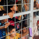 How dare #Hungary put kids in cages Time Europe says enough of this barbarity from a thug govt #refugeeswelcome http://t.co/6ho76YXfu1