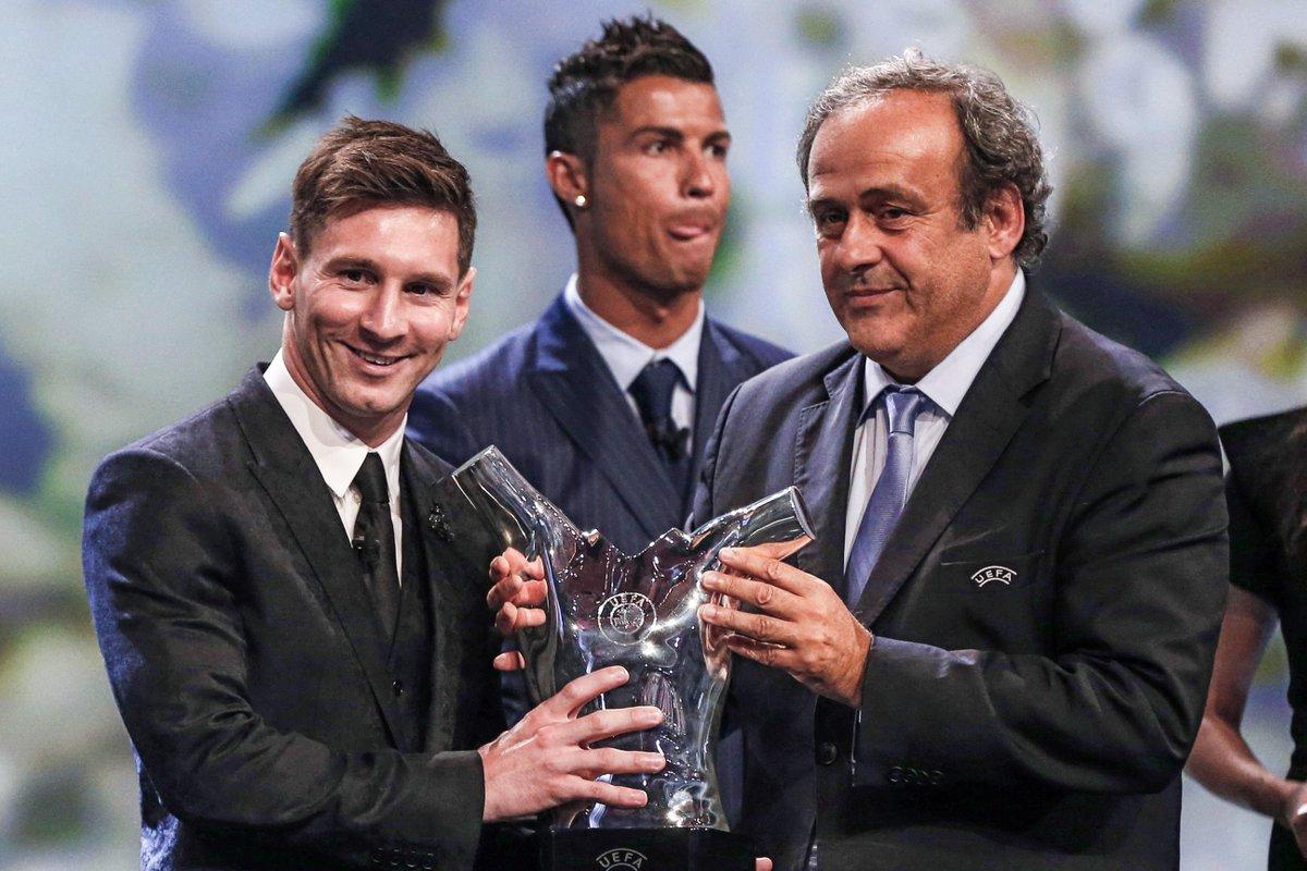 #FIFA16Ratings5 Arjen Robben—90 4 Manuel Neuer—90 3 Luis Suarez—90 2 Cristiano Ronaldo—93 1 Lionel Messi—94