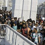2,200 Austrian drivers join campaign to pick up refugees in Budapest http://t.co/HUMdiYzTvq http://t.co/FFHZTFvJ9l
