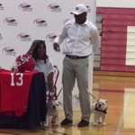 VIDEO: 4-star RB Elijah Holyfield, son of Evander Holyfield, commits to Georgia with bulldogs http://t.co/ZaHJriH7hD http://t.co/Y9OJHlcZL3
