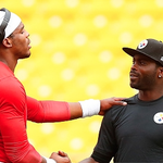Cam Newton meeting with his child hero Mike Vick before their last preseason game. #GeorgiaLegends http://t.co/bG56DNiWqC