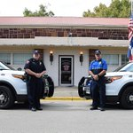 #Smithville Police flashed their lights this morning in honor of fallen Harris County deputy #DarrenGoforth. http://t.co/LPTTU8Au02